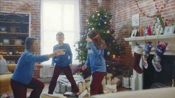 L.L. Bean TV Spot, 'Holidays: Comfortable' Song by Fleetwood Mac - Thumbnail 8