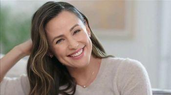 Neutrogena Rapid Wrinkle Repair TV Spot, 'Kiss Wrinkles Goodbye' Featuring Jennifer Garner