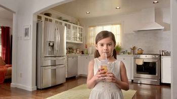 The Home Depot TV Spot, 'New Appliances: Laundry Pair' - Thumbnail 7