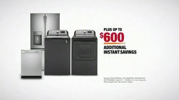 The Home Depot TV Spot, 'New Appliances: Laundry Pair' - Thumbnail 9