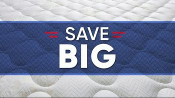 Rooms to Go Holiday Sale TV Spot, '$495 Queen Mattress' - Thumbnail 1