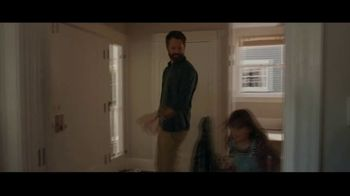Kohl's TV Spot, 'Give With All Your Heart' Song by Willie Nelson - Thumbnail 2