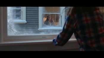 Kohl's TV Spot, 'Give With All Your Heart' Song by Willie Nelson - Thumbnail 9