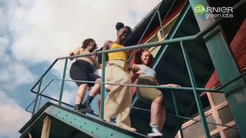 Garnier Green Labs Serum Cream TV Spot, 'Simplify Your Skincare Routine: Canna-B' Song by Lizzo - Thumbnail 9