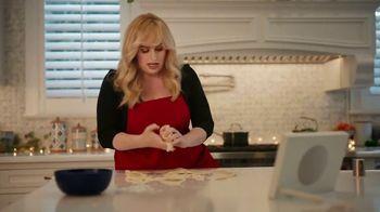 Portal from Facebook TV Spot, 'Portal Holiday: Baking With Rebel Wilson' - Thumbnail 6