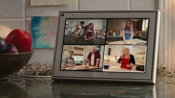 Portal from Facebook TV Spot, 'Portal Holiday: Baking With Rebel Wilson' - Thumbnail 7