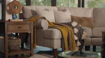 Havertys TV Spot, 'Laid Back Luxury' - Thumbnail 7