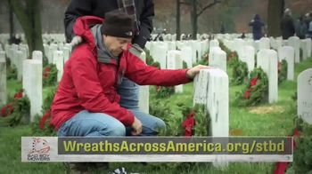 Wreaths Across America TV Spot, 'Holidays: Joining Forces' - Thumbnail 9