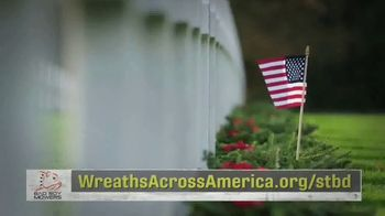 Wreaths Across America TV Spot, 'Holidays: Joining Forces' - Thumbnail 7