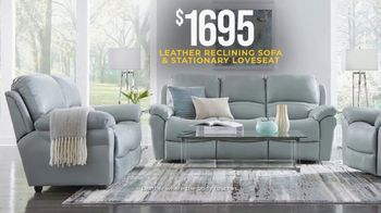 Rooms to Go Holiday Sale TV Spot, 'Leather Reclining Sofa & Stationary Loveseat: $1,695' - Thumbnail 4