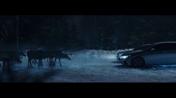Mercedes-Benz Winter Event TV Spot, 'Glow' [T2] - Thumbnail 4