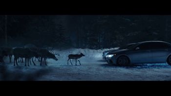 Mercedes-Benz Winter Event TV Spot, 'Glow' [T2] - Thumbnail 5