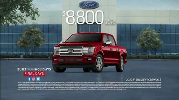 Ford Built for the Holidays Sales Event TV Spot, 'Running of the Santas' [T2] - Thumbnail 6