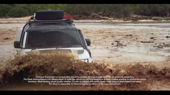 Land Rover Defender TV Spot, 'Everyday Trips' [T2] - Thumbnail 6