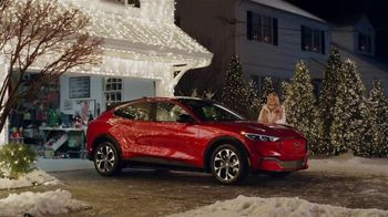Ford Mustang Mach-E TV Spot, 'Electri-Vacation, Starring The Griswolds' Ft. Chevy Chase, Beverly D'Angelo [T1] - Thumbnail 8