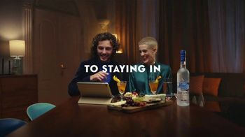 Grey Goose TV Spot, 'Holiday Squeeze' - Thumbnail 6