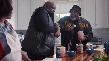 GEICO TV Spot, 'Tag Team Helps With Dessert' - Thumbnail 5
