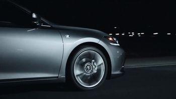 2019 Lexus ES TV Spot, 'Steal the Show' [T1] - Thumbnail 5