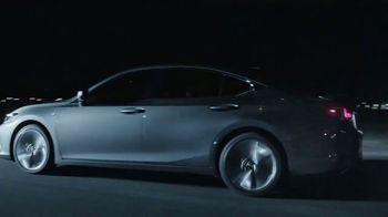 2019 Lexus ES TV Spot, 'Steal the Show' [T1] - Thumbnail 6