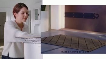 Daily Harvest TV Spot, 'Amy's Epic Lunch' - Thumbnail 4