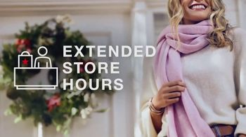 Macy's Last Minute Gift Sale TV Spot, 'Amazing Gifts' - Thumbnail 4