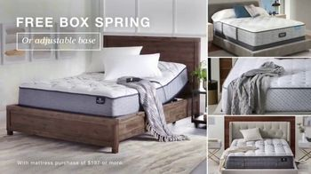 Macy's After Christmas Sale TV Spot, 'Sectional, Queen Bed and Free Box Spring' - Thumbnail 5