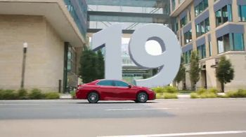 Toyota Run the Numbers Winter Event TV Spot, 'Start With Four: Camry' [T2] - Thumbnail 5