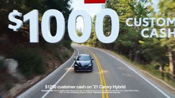 Toyota Run the Numbers Winter Event TV Spot, 'Start With Four: Camry' [T2] - Thumbnail 7
