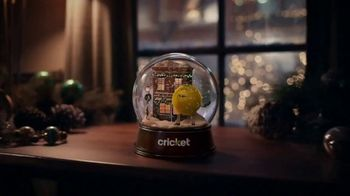 Cricket Wireless TV Spot, 'Holidays: Snowflake: Plans Starting at $30' - Thumbnail 1