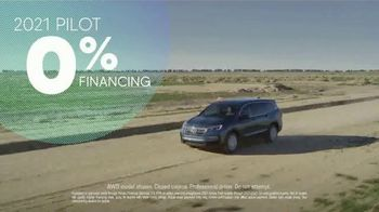 Honda TV Spot, 'Rolling in the New Year: SUVs' [T2] - Thumbnail 7