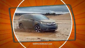 Honda CR-V Sell Down TV Spot, 'SUV of the Decade' [T2] - Thumbnail 2