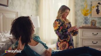 Wayfair TV Spot, 'What You Want' Featuring Kelly Clarkson - Thumbnail 5