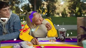 Taco Bell Loaded Nacho Taco TV Spot, 'Add Some Flavor' - Thumbnail 4