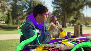 Taco Bell Loaded Nacho Taco TV Spot, 'Add Some Flavor' - Thumbnail 5