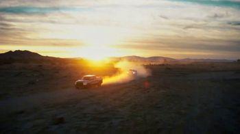 Ram Trucks TV Spot, 'Tres veces' canción de Foo Fighters [Spanish] [T2] - Thumbnail 6