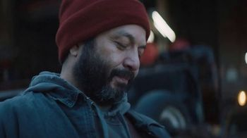 Metro by T-Mobile TV Spot, 'Hector Rules His New Year' - Thumbnail 4