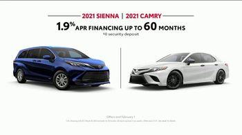 2021 Toyota Sienna TV Spot, 'Legendary Saver' [T2] - Thumbnail 10