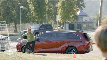 2021 Toyota Sienna TV Spot, 'Legendary Saver' [T2] - Thumbnail 6