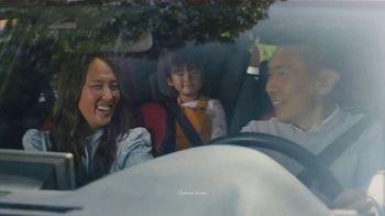 Lexus December to Remember Sales Event TV Spot, 'Driveway Moments: Graduation' [T2] - Thumbnail 2