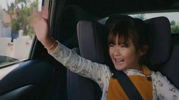 Lexus December to Remember Sales Event TV Spot, 'Driveway Moments: Graduation' [T2] - Thumbnail 4