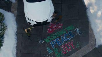Lexus December to Remember Sales Event TV Spot, 'Driveway Moments: Graduation' [T2] - Thumbnail 7