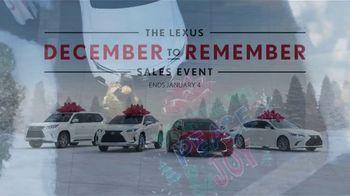 Lexus December to Remember Sales Event TV Spot, 'Driveway Moments: Graduation' [T2] - Thumbnail 8