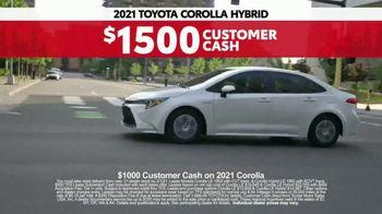 2021 Toyota Corolla TV Spot, 'Western Washington Road Trip: Connected' Ft. Ethan Erickson [T2] - Thumbnail 10
