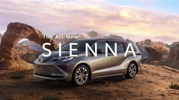 2021 Toyota Sienna TV Spot, 'Captain' [T1] - Thumbnail 10