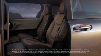 2021 Toyota Sienna TV Spot, 'Captain' [T1] - Thumbnail 6