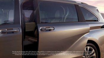 2021 Toyota Sienna TV Spot, 'Captain' [T1] - Thumbnail 7
