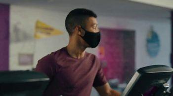 Planet Fitness TV Spot, 'Get Moving: Extended: Masks' - Thumbnail 5