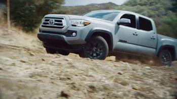 2021 Toyota Tacoma TV Spot, 'Road Trip: My Truck' Feat. Danielle Demski, Ethan Erickson [T2] - Thumbnail 4