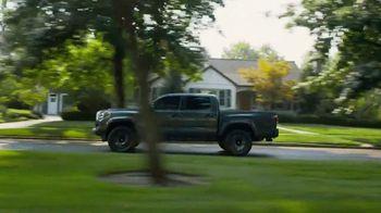 2021 Toyota Tacoma TV Spot, 'Road Trip: My Truck' Feat. Danielle Demski, Ethan Erickson [T2] - Thumbnail 7