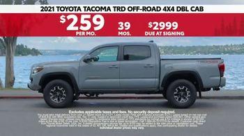 2021 Toyota Tacoma TV Spot, 'Road Trip: My Truck' Feat. Danielle Demski, Ethan Erickson [T2] - Thumbnail 8